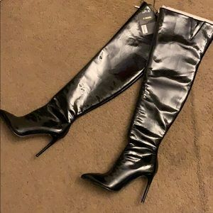 *NEW* Black Patent Leather Thigh High Boots